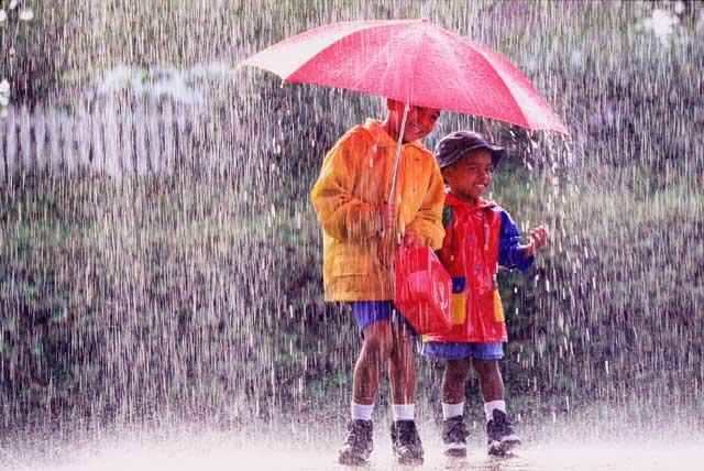 4 Tips Ampuh Menjaga Kesehatan di Musim Hujan